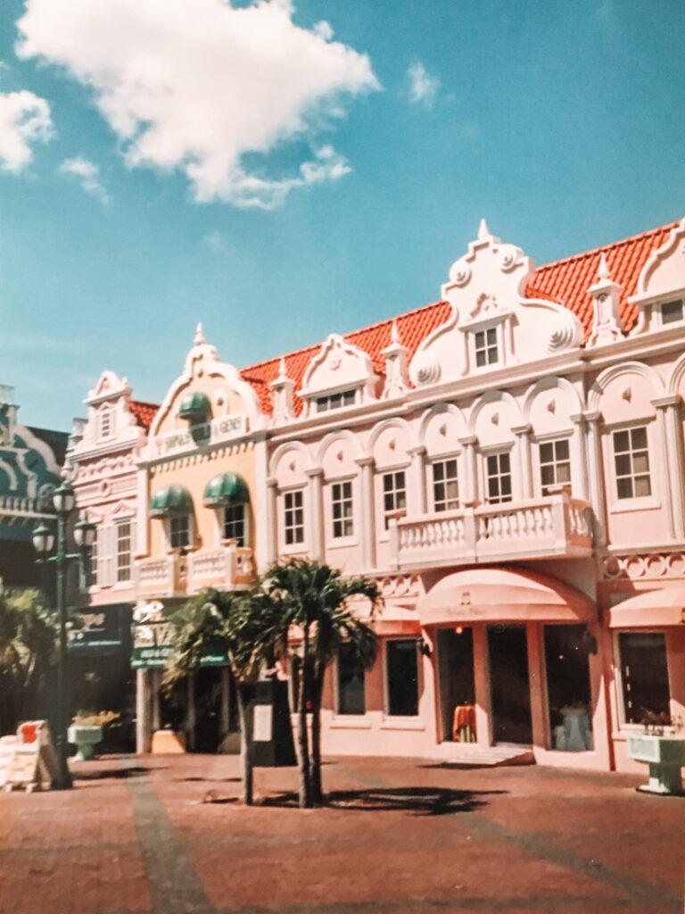 Rennaissance Mall in Oranjestad